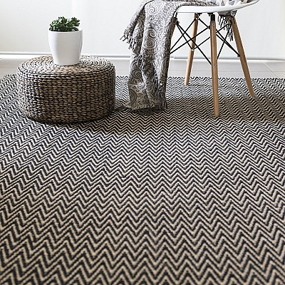 "Jute Flatweave ""Chevron"" Rug in Black"