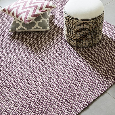 "Jute Flatweave ""Chevron"" Rug in Red"