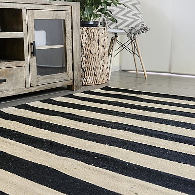 "Jute Flatweave ""Hampton Lines"" in Black"