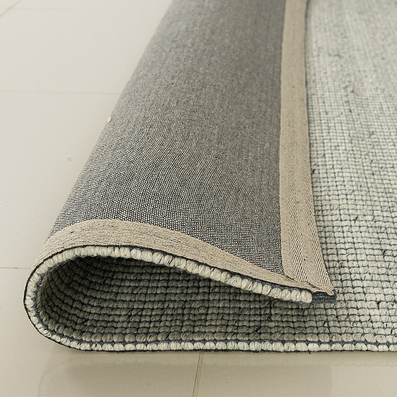 "Hand Made Wool Flatweave ""Malmö"" in Light Grey FX"