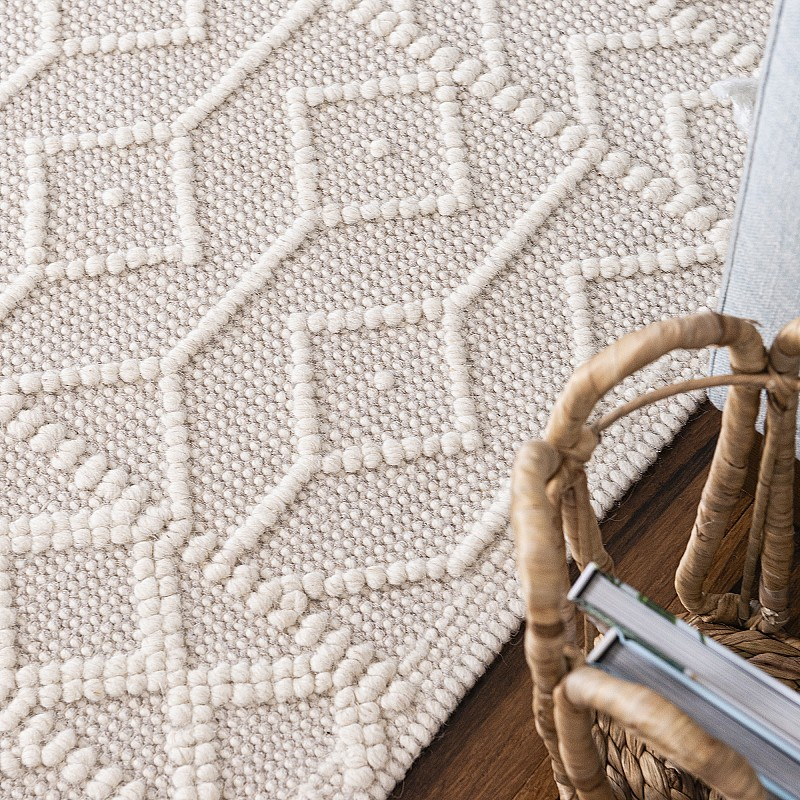 """Hand Made Wool Flat Woven Rug """"Palermo"""" in Ivory"""