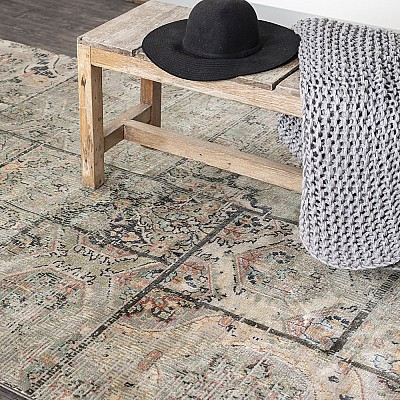"Power-loomed soft polypropylene distress/vintage look rug ""Cavalli 30O"""
