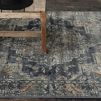 "Power-loomed soft polypropylene distress/vintage look rug ""Cavalli 81B"""